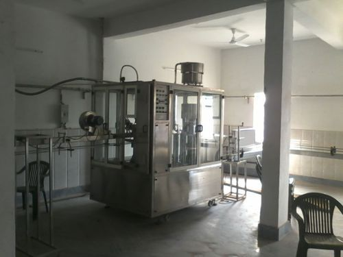 40 bottle per minute mineral water filling machine 500x500 1