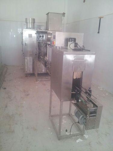 monoblock rinser filler capper 3 in 1 machine 500x500 1