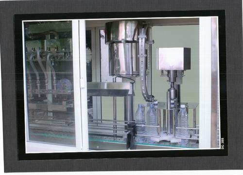 semi automatic cap sealing machine 500x500 1